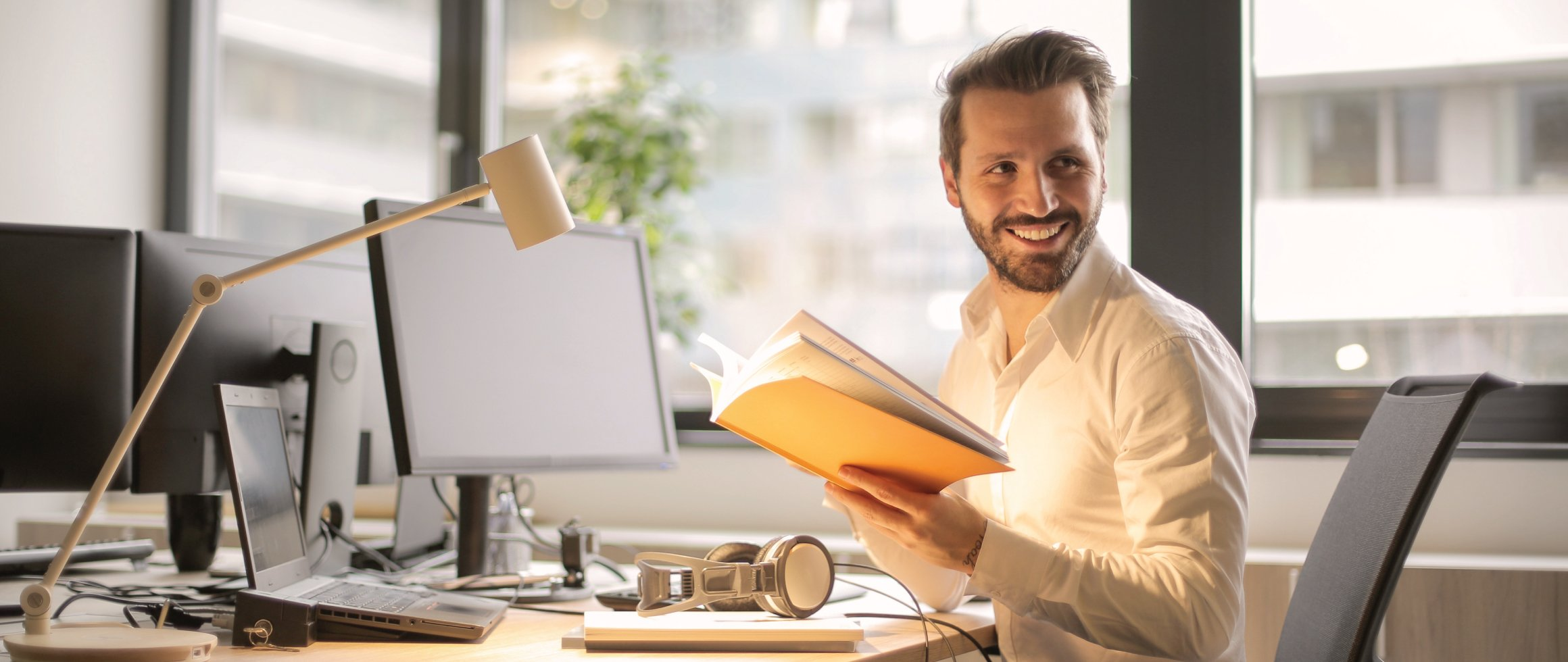 5-Must-Read-Books-On-How-To-Improve-Confidence