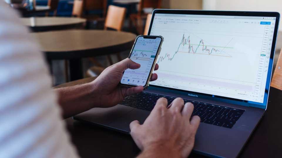 stock trading vs investing 01